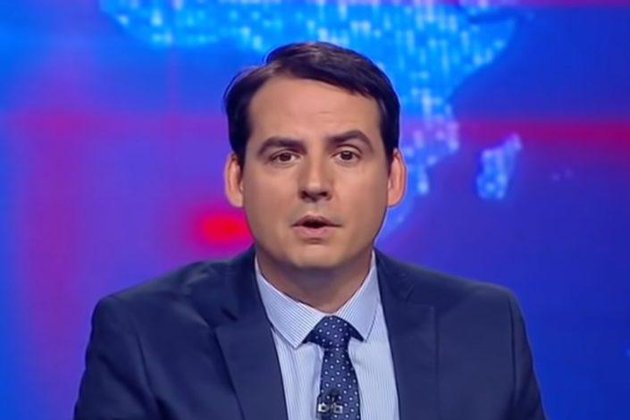 Simulacija Vučića