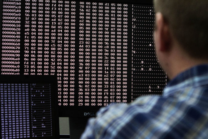 Novosti: NATO je poslao sajber ratnike u Crnu Goru da pomognu Milu