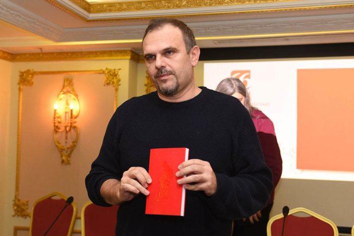 Peščanikov kolumnista Saša Ilić dobio Ninovu nagradu