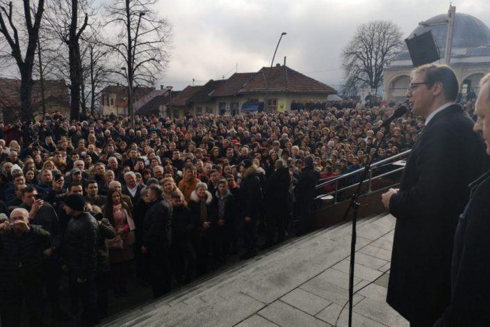 Vučić: Pokušaće da dele narod kao što pokušavaju da nam cepaju Crkvu