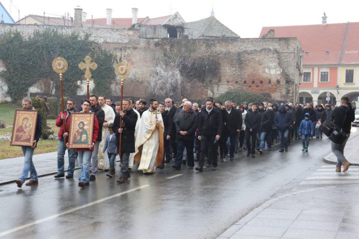 Prvi put nakon 30 godina pravoslavna litija u Vukovaru