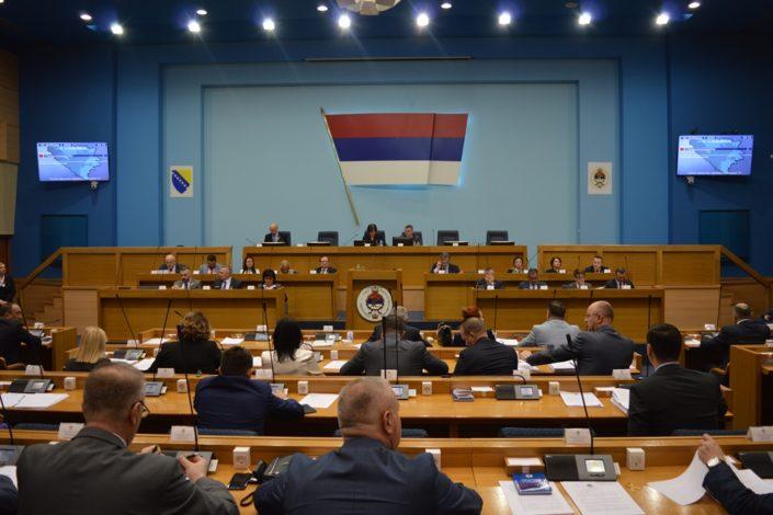 Skupština RS usvojila rezoluciju od osam tačaka kao odgovor na inicijativu Sarajeva i Zapada