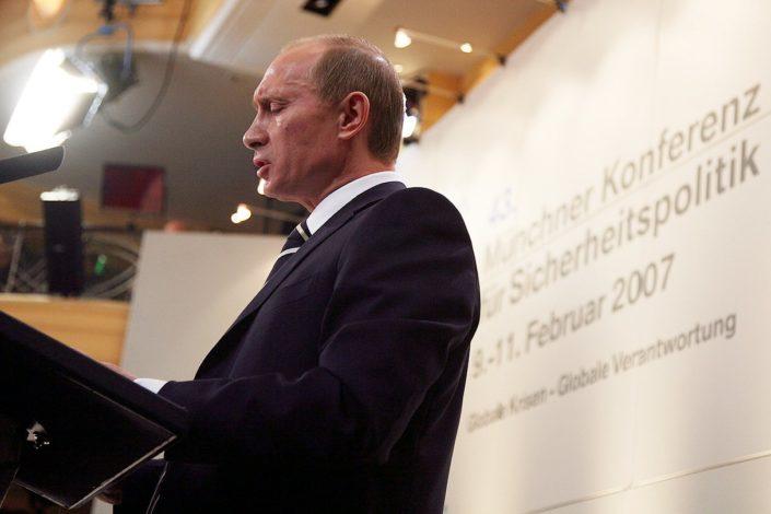 Propast Zapada ili Putinovo ogledalo i evropski Indijanci