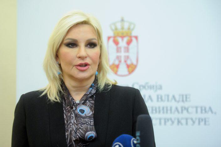 Uhapšen državni sekretar Ministarstva saobraćaja, Zorana Mihajlović stala u njegovu odbranu