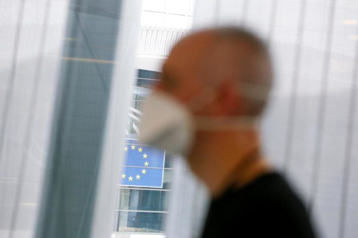 """Dojče vele o """"kovid pasošima"""" u EU: Svako vuče na svoju stranu"""