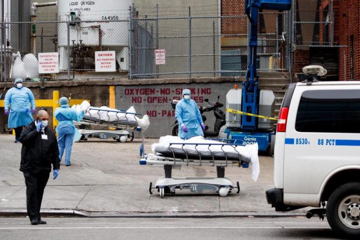 Mučne scene u Njujorku, hoće li SAD izbeći scenario od 100.000 mrtvih? (FOTO, VIDEO)