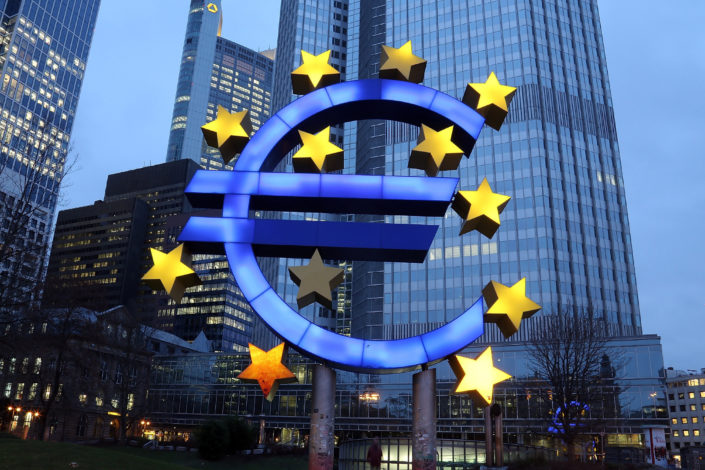Rojters: Ekonomija evrozone mogla bi izgubiti 10 odsto vrednosti
