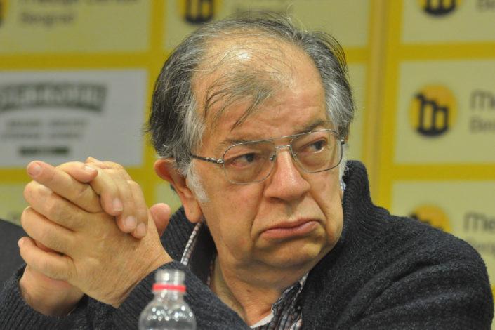 N. Kecmanović: Vanredno stanje na kvadrat