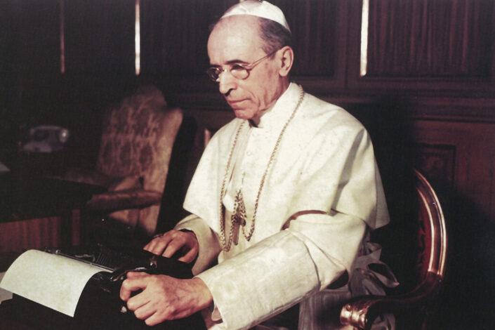 Zašto je papa Pije XII prećutao nacističke zločine?
