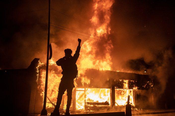 B. Rožin: Šta treba da znate o neredima u SAD