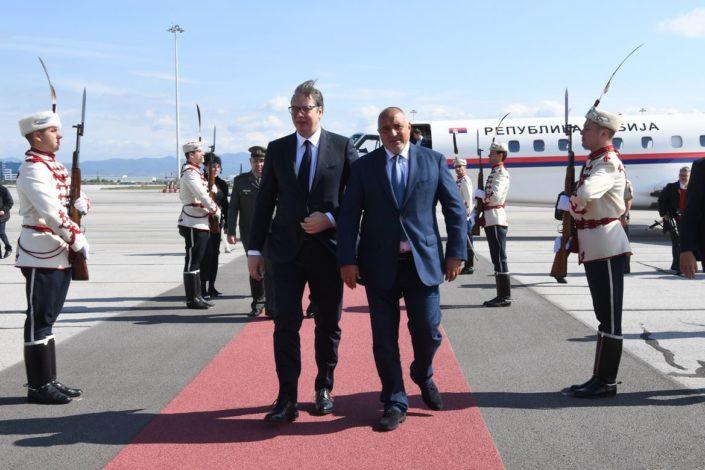 Vučić sa Borisovim: Obezbedićemo se gasom na duži period