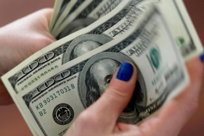 Goldman saks: Dolar bi uskoro mogao izgubiti status glavne svetske valute