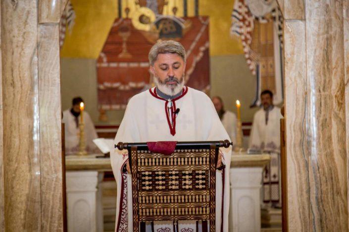Posle litija u Crnoj Gori uhapšena dva sveštenika SPC