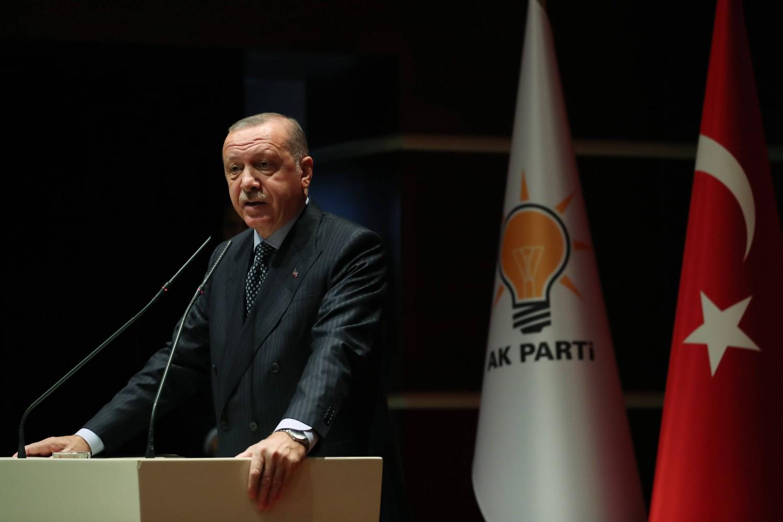 Турски председник Реџеп Тајип Ердоган током говора на састанку АКП-а (Фото: Cem Öksüz/Anadolu Ajansı)
