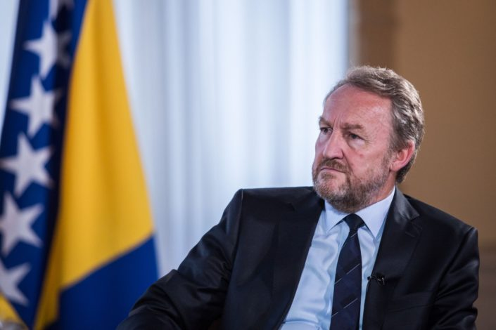 N. Kecmanović: Džordž Kenan na bosanski način