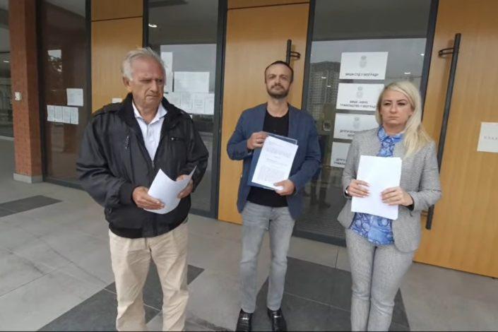 Pet intelektualaca i političara podnelo krivičnu prijavu protiv Vučića