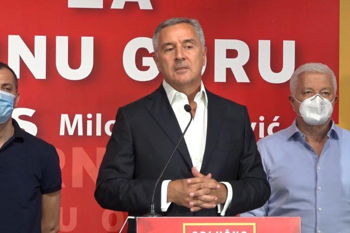 Zapadni mediji: Na pomolu Đukanovićev debakl