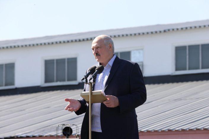 Treba učiti na Lukašenkovim greškama