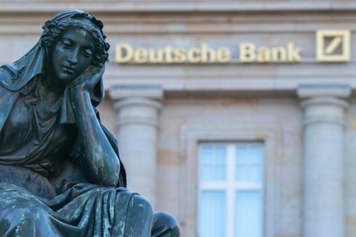 Pet najvećih svetskih banaka opralo 2.000 milijardi dolara