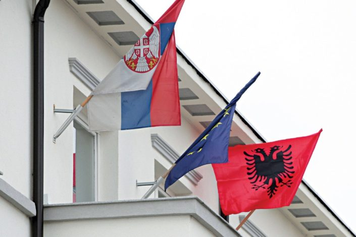 Albanci dižu spomenik ratnom komandantu na jugu centralne Srbije