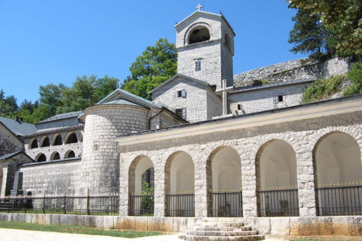 Z. Čvorović: Ključevi crkvenog kontinuiteta u CG nalaze se u Cetinjskom manastiru