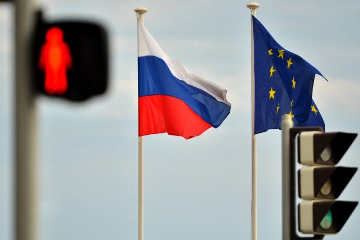 Zapad i Rusija, rušenje poslednjih mostova