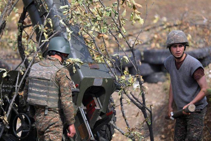 Postignut sporazum o prekidu rata u Karabahu, u Jerevanu protesti