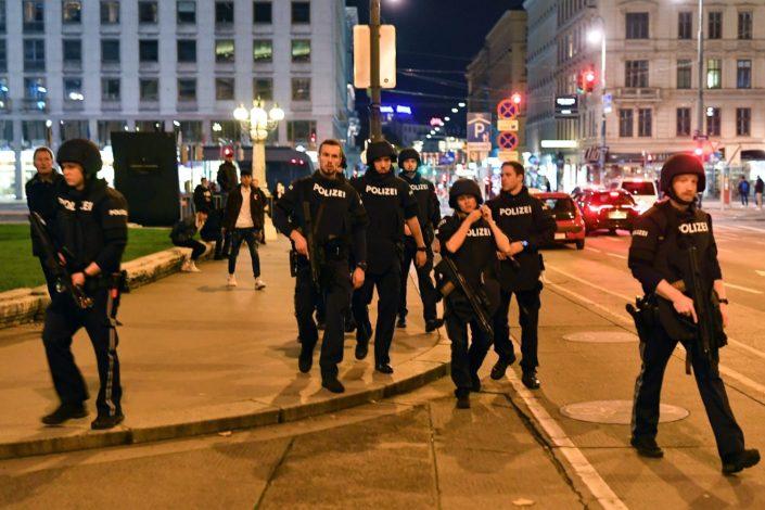 Teroristički napadi na šest lokacija u Beču, potvrđeno više žrtava