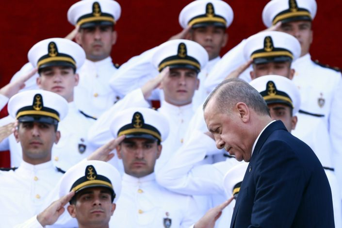 Pad lire ruši Erdoganove snove o Osmanskom carstvu