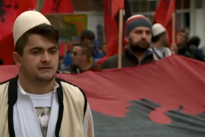 Albanci zbog suđenja Tačiju prete referendumom u Preševu