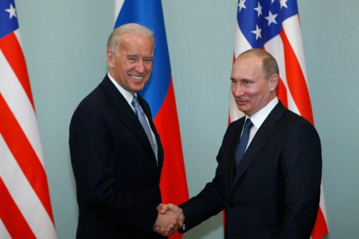 Njujork tajms: Bajden će morati da pronađe način za saradnju s Rusijom