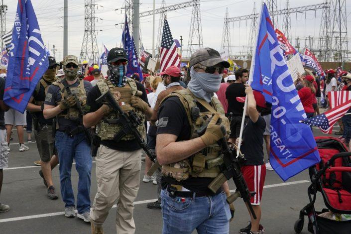 FBI: Ako Tramp bude opozvan izbiće oružani protesti u svih 50 država SAD