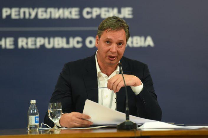 Nikola Vrzić: Bubice u uhu