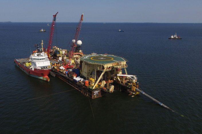 NATO brodovi ometaju završetak Severnog toka 2