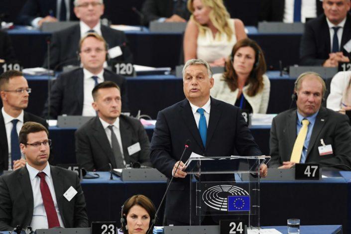 Orbanova pobuna u EP: Napušta narodnjake, osniva novu grupu