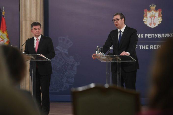 Dijalog o KiM: Vučić u Beogradu sa Lajčakom, Selaković u Berlinu sa Masom