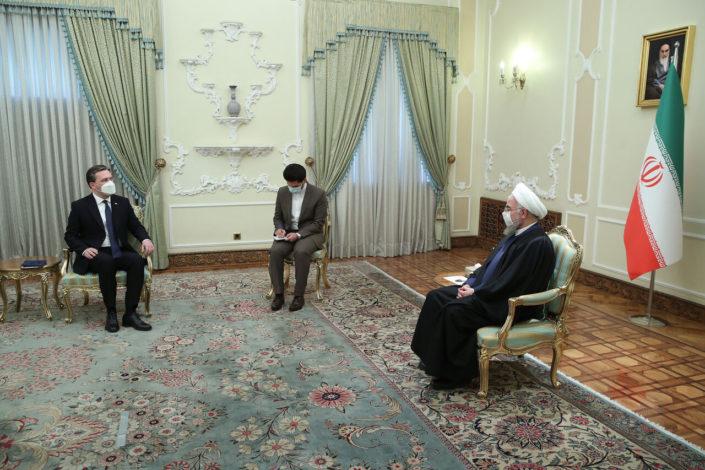 Selaković sa predsednikom Irana: Ekonomsku saradnju dovesti na nivo političke