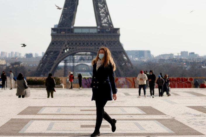 Francuska, Pariz i silogizmi gorčine