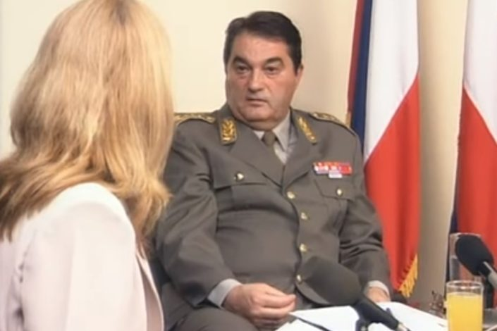 General Pavković: Nisam dobio naređenje da prizemljim let kojim je izručen Milošević