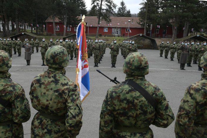 Višestruke koristi obaveznog vojnog roka