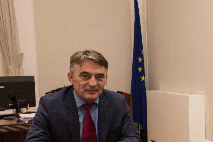 D. Tanasković: A ko će se izviniti sarajevskim Srbima?