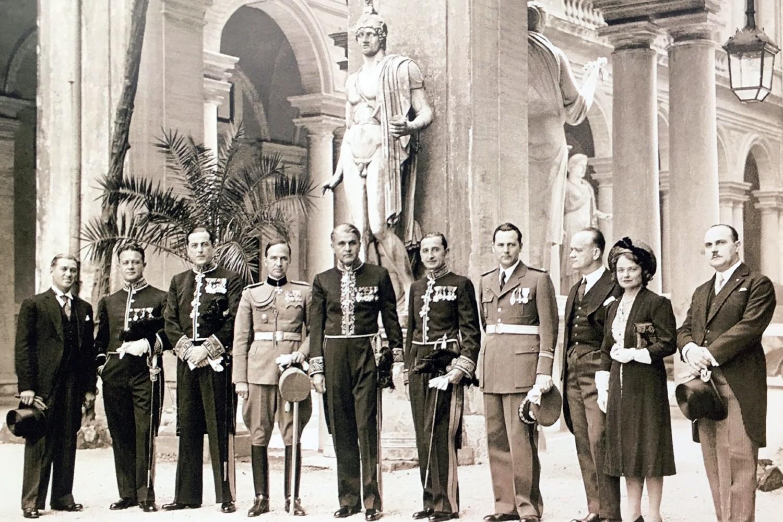 Miloš Crnjnaski i članovi jugoslovenske ambasade u Italiji, Rim, 1939. (Foto: Wikimedia)