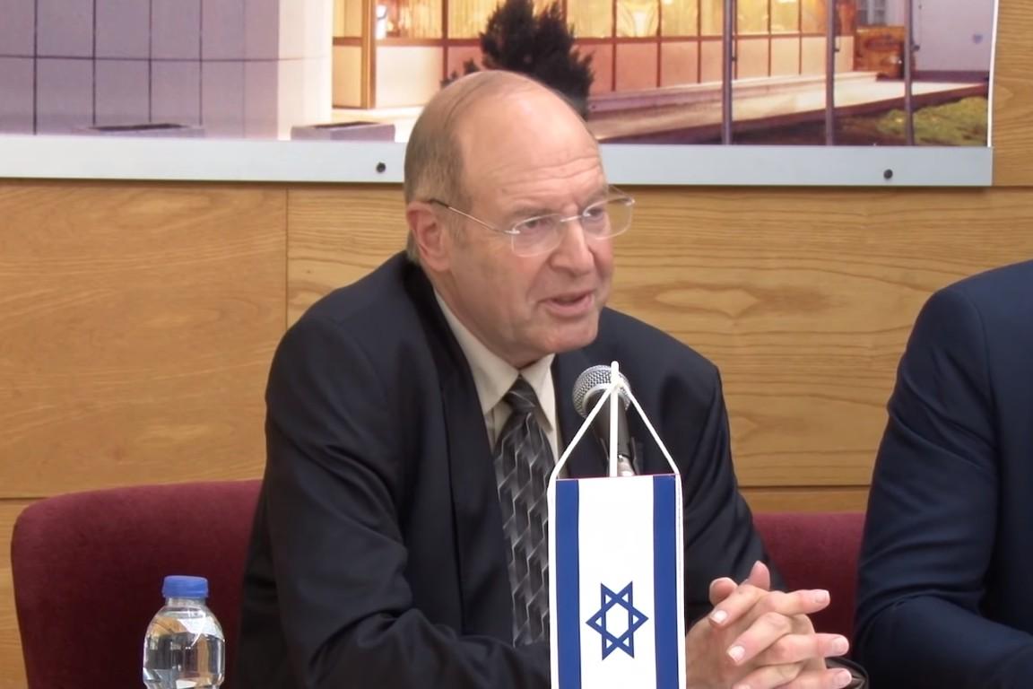 Израелски историчар и професор Гидеон Грајф (Фото: Снимак екрана/Јутјуб/Епархија зворничко-тузланска)