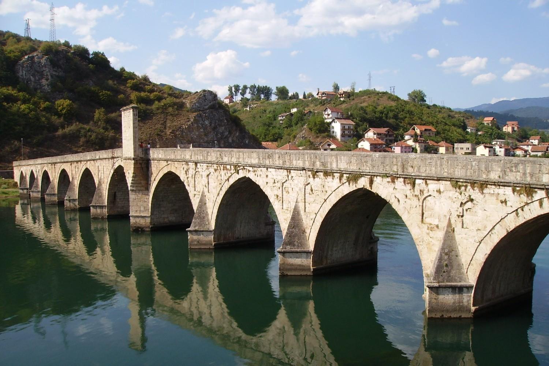 Most Mehmed-paše Sokolovića iznad Drine u Višegradu (Foto: Wikimedia/Julian Nyča, CC BY-SA 3.0)