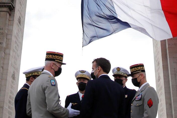Šta je izazvalo pobunu američkih i francuskih generala?
