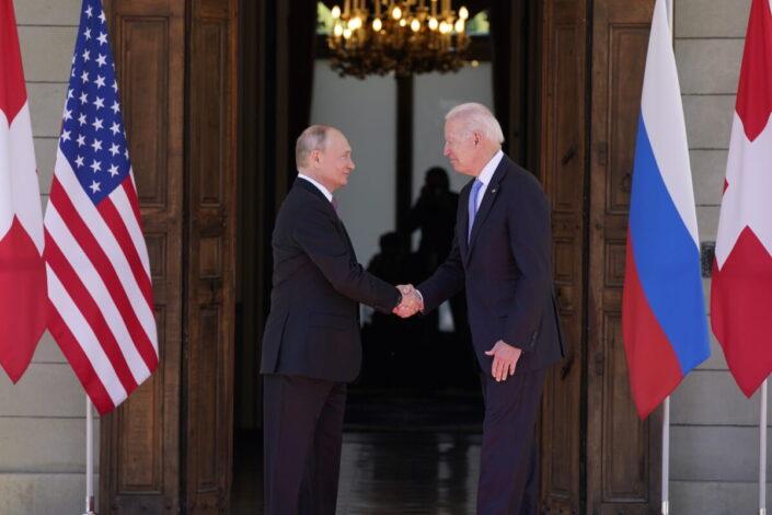B. Mitrinović: Iskra poverenja između SAD i Rusije