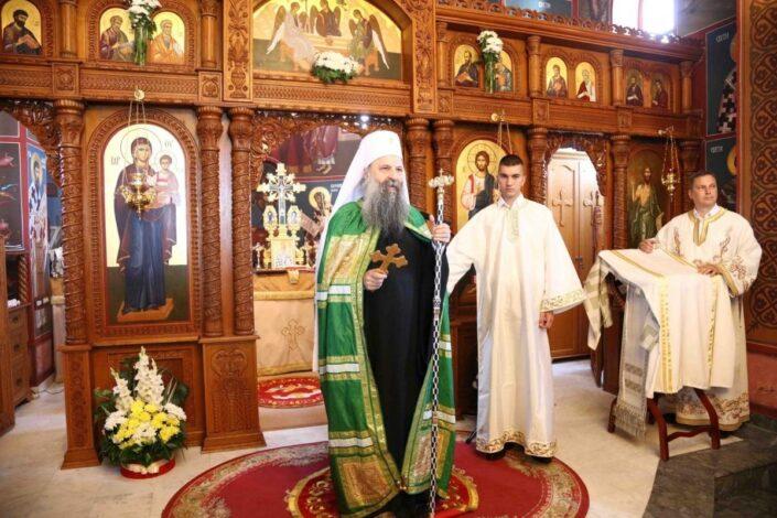 Patrijarh Porfirije i mitropolit Joanikije reagovali zbog Rezolucije o Srebrenici