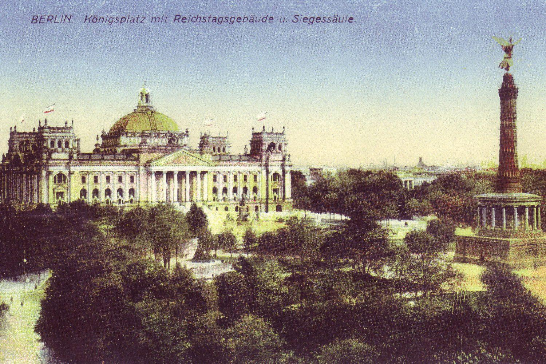 Razglednica iz Berlina na kojoj je prikazana zgrada Rajhstaga iz 1900. godine (Foto: Wikipedia)