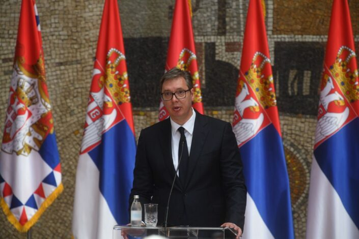 Vučić: NATO ima rok od 24 sata u slučaju napada na Srbe; KFOR došao na Jarinje