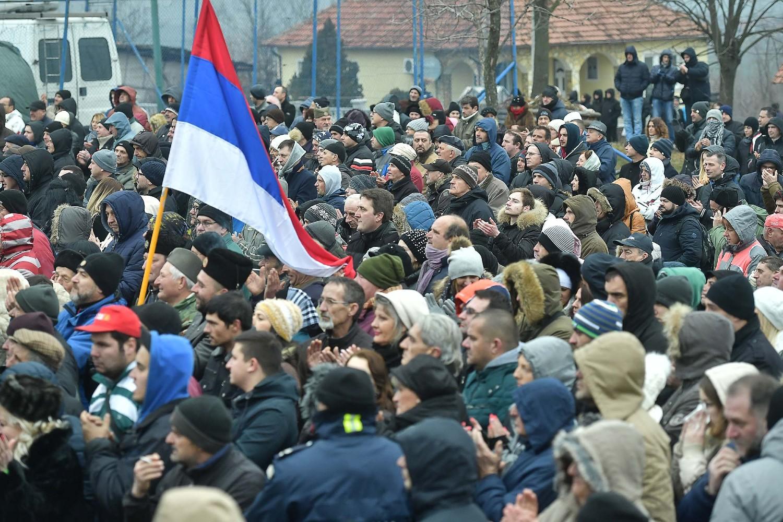 Okupljeni narod prilikom obeležavanja Sretenja, Dana državnosti Srbije, Orašac, 15. februar 2018. (Foto: Ministarstvo odbrane Republike Srbije)